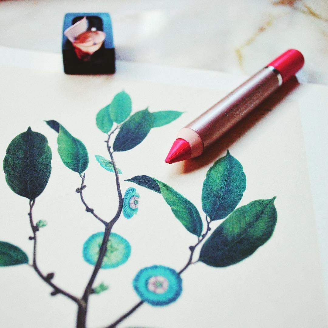 c h a r m i n g lip crayonhellip